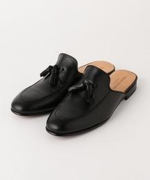 UA ITY 流蘇皮製平底涼鞋 †