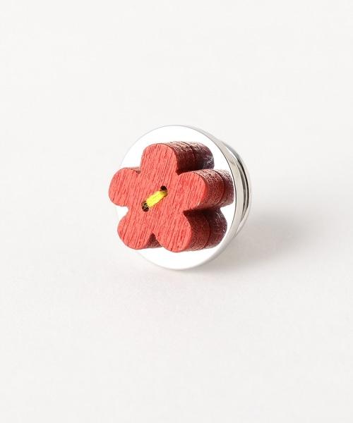 UADB 花朵西裝胸針 1