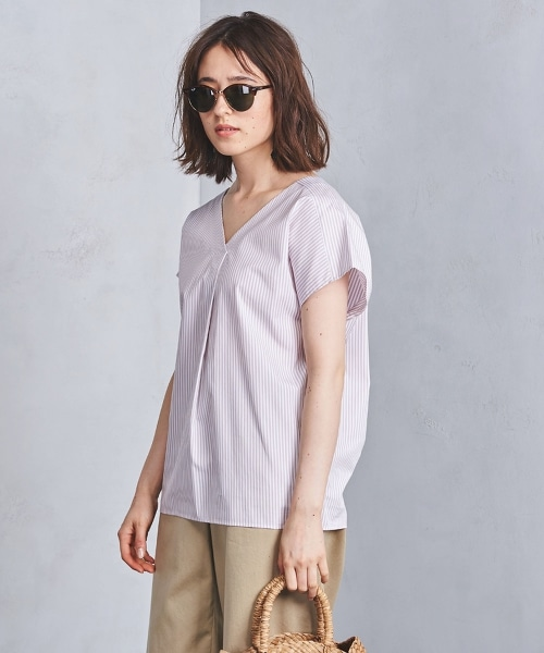 ○UWSC 棉製 BIG V領套衫