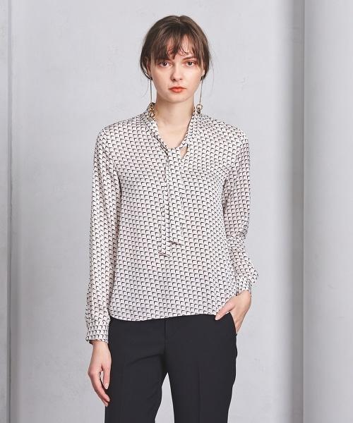 ○UBCB 幾何圖案領結長袖上衣
