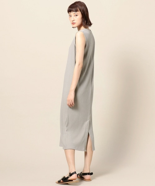BY TOTAN TEREKO後開衩無袖及膝長裙