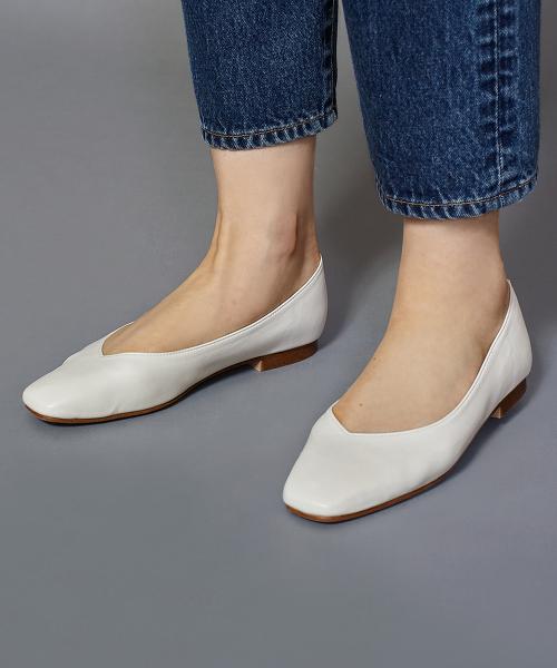 BY∴ V型鞋口方頭平底鞋1.0