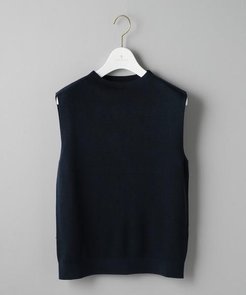 UBCB 美麗諾羅紋瓶口領無袖針織上衣