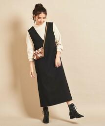 BY∴ V領連衣裙