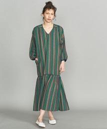 <KiiRA>直條紋V領洋裝