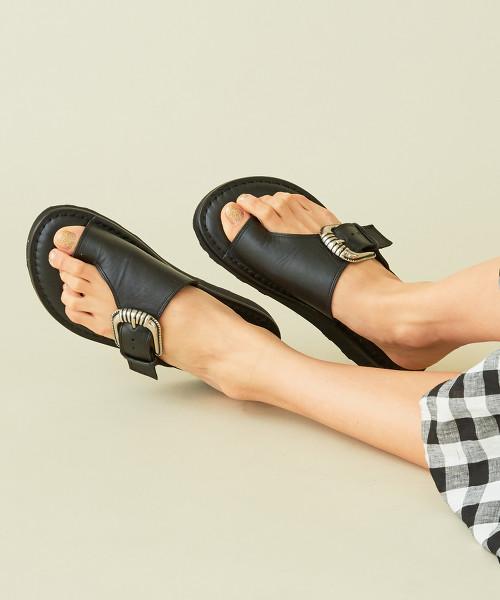 【特別訂製】<CAMINANDO>∴皮革扣環夾腳涼鞋