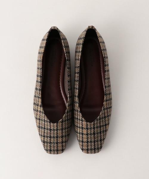BY 格紋V型剪裁 方頭平底鞋
