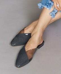 BY 仿皮革 透明琺瑯色拖鞋