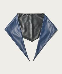 BY 仿皮革 雙面 三角 方巾