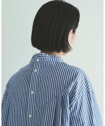 摺邊領罩衫