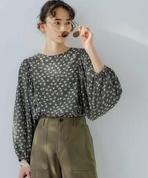 CFC 小花印花 蓬鬆袖套衫