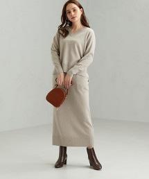 CFC V領  套頭上衣 + I字型 長裙 針織上衣 成套 洋裝