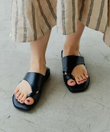 CFC 方頭  夾腳涼鞋 (鞋跟1.5cm)