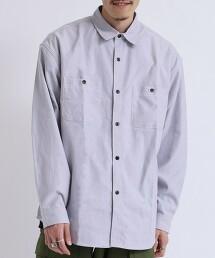 青年布工裝襯衫
