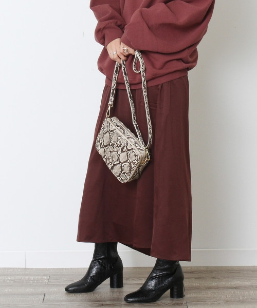 光澤緞面長裙 OUTLET商品