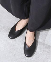 V型剪裁平底鞋※因吊牌產地表示有誤,此商品實際的產地為越南製造