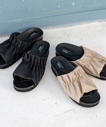 車線抽皺厚底涼鞋