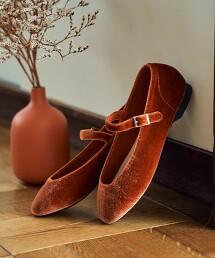 扣環平底鞋